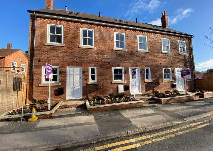 New Build – 3 Townhouses